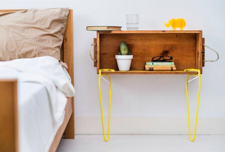 Красивая SNAP-подставка от Be-elastic в интерьере спальни
