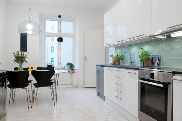 Дизайнерская мебель на кухне