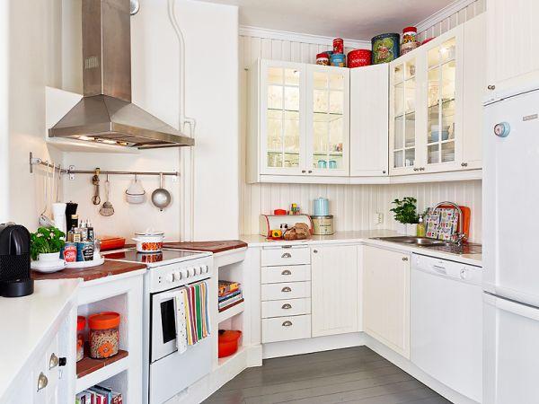 Маленькое пространство на кухне