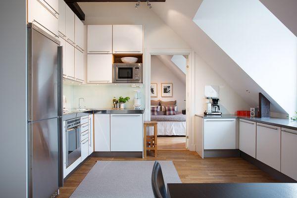 Мансардные окна на кухне