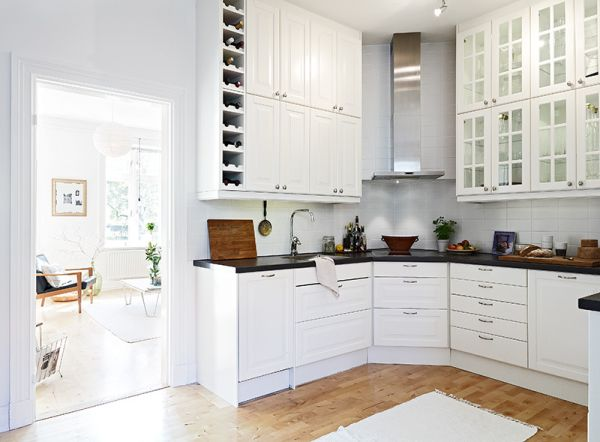 Полукруглая кухонная мебель