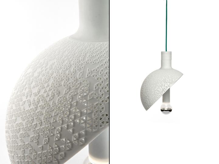 Фотоколлаж: подвесной светильник-полусфера нейтрального цвета - Section lamp от Marco Lafiandra