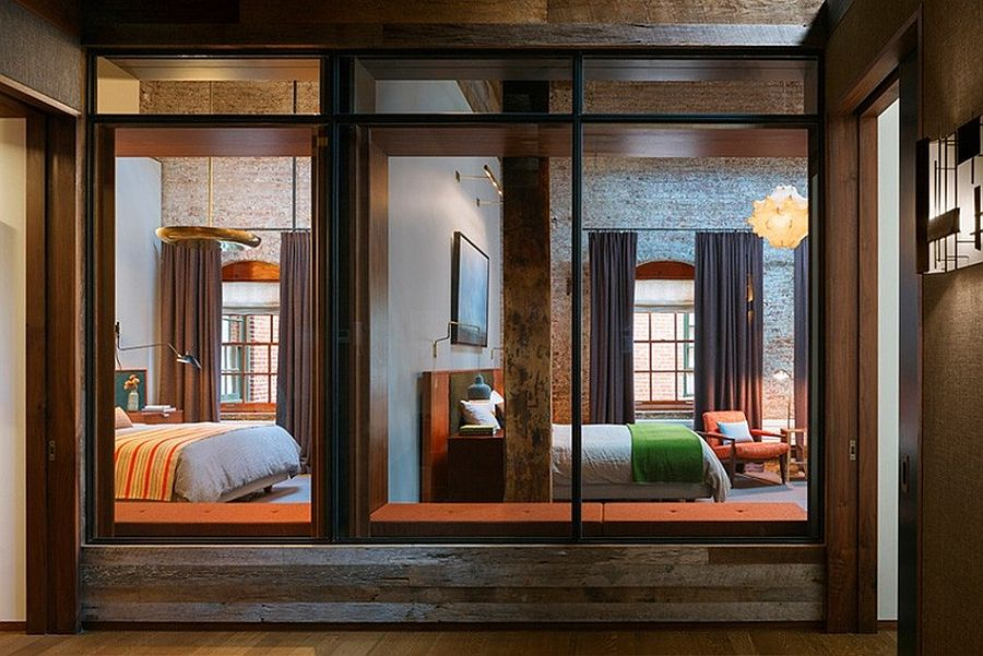 Панорамные окна в апартаментах Sensational NYC Loft в Нью-Йорке