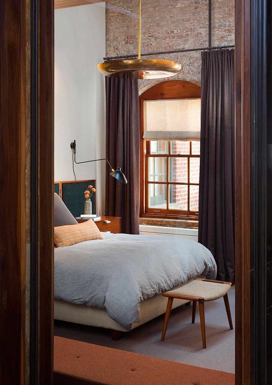 Спальня в апартаментах Sensational NYC Loft в Нью-Йорке