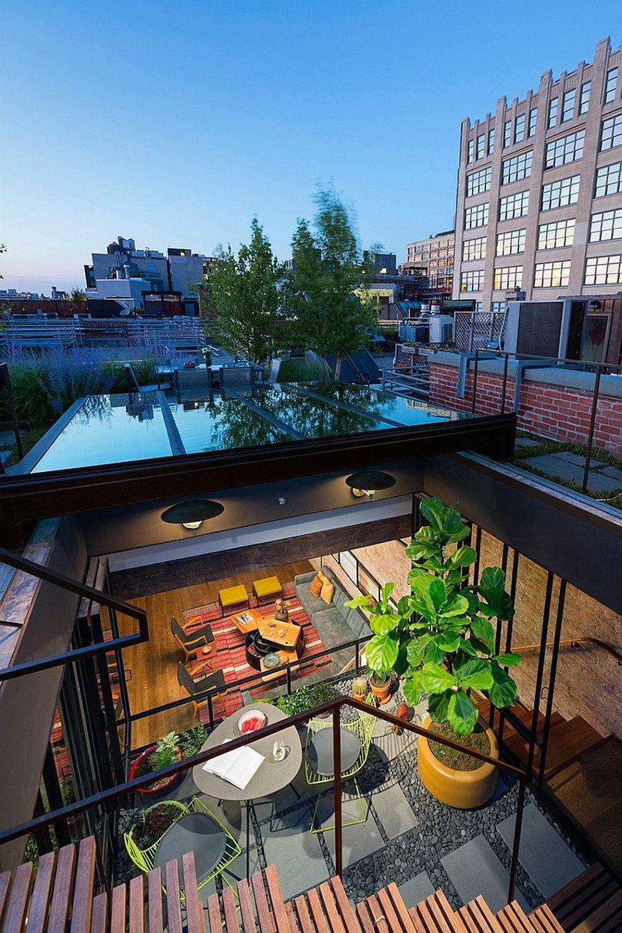 Стеклянная крыша апартаментов Sensational NYC Loft в Нью-Йорке