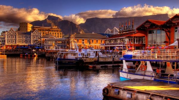 Закат над бухтой в Кейптауне-ЮАР