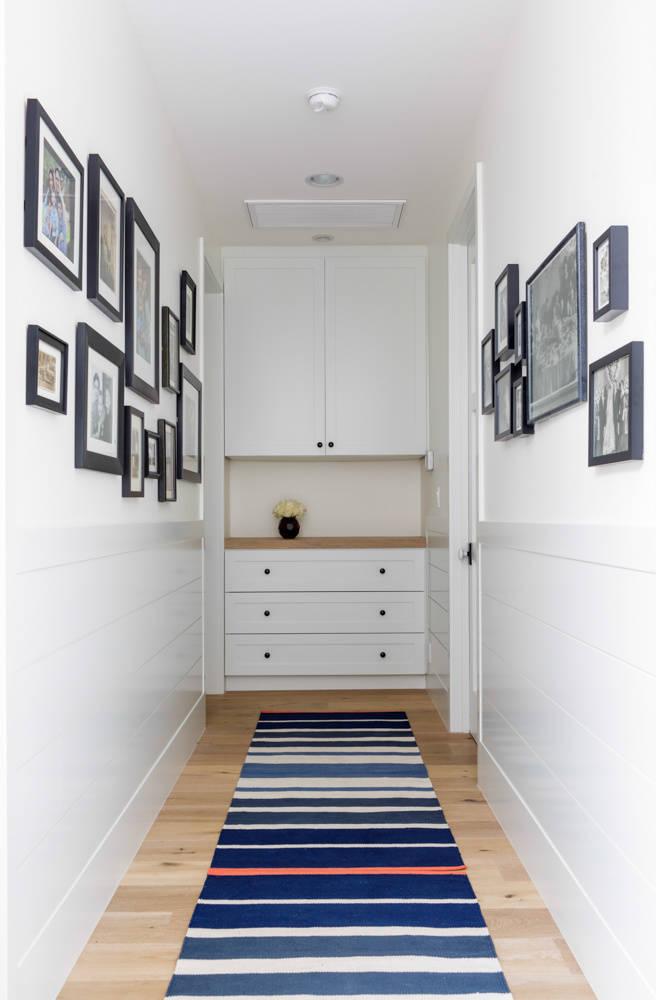 Белый шкаф для хранения