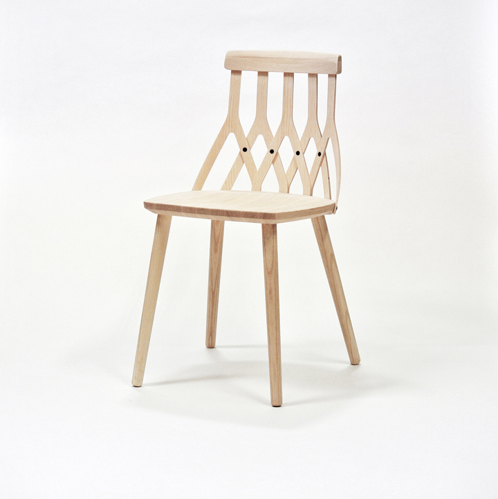 Яркий стул от Sami Kallio