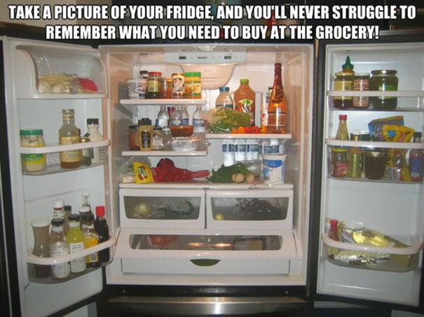 Фотография заполненного холодильника