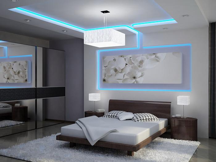 Необычная светодиодная подсветка в спальной комнате
