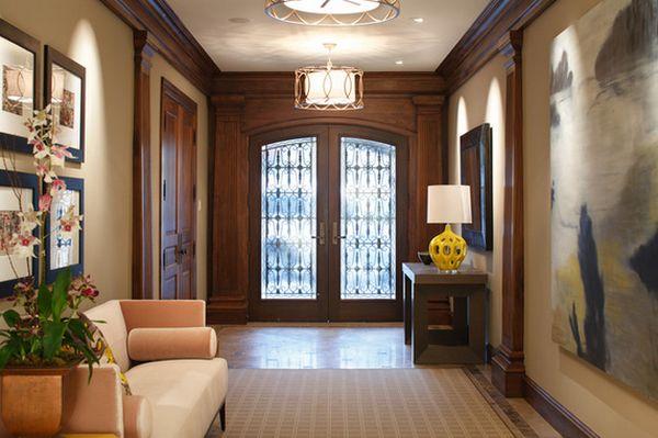 Подвесные светильники в коридоре