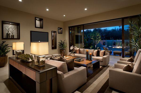 Настольные лампы в интерьере гостиной