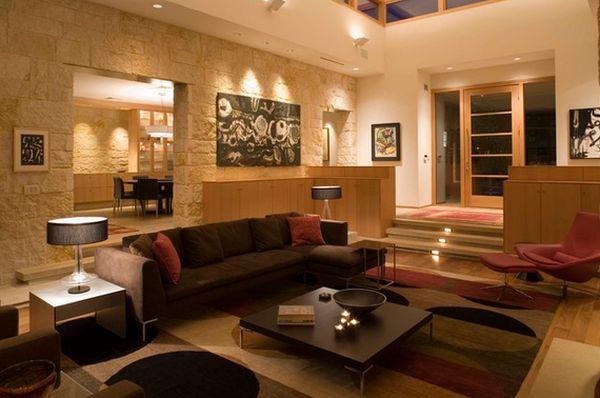 Светлая уютная гостиная