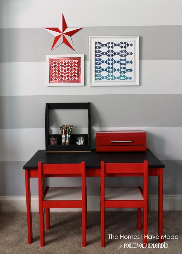 Картины со звёздочками в американском стиле над письменным столом