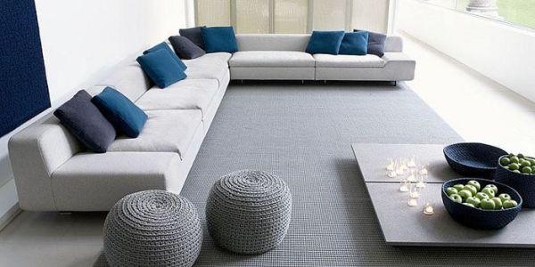 Сине-серое оформление гостиной