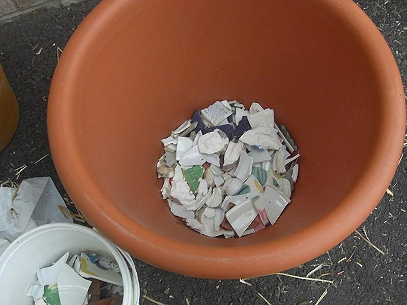 Идеи использования сломанных вещей: мелкие осколки