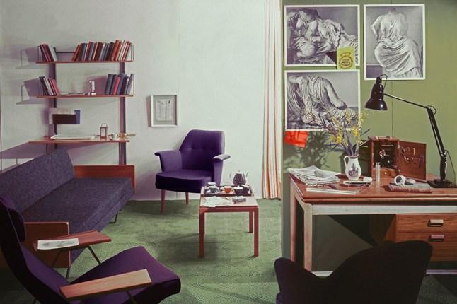 Мебель в кабинете в стиле ретро