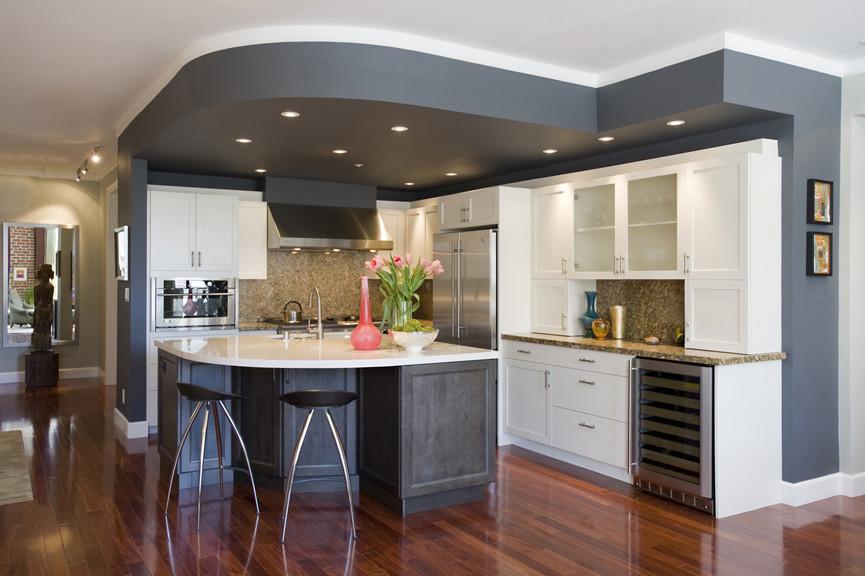 Дизайн потолков 2017-2018 современные идеи на кухне