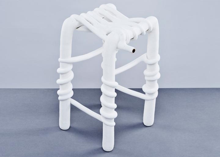 Белый табурет  от Studio Ilio