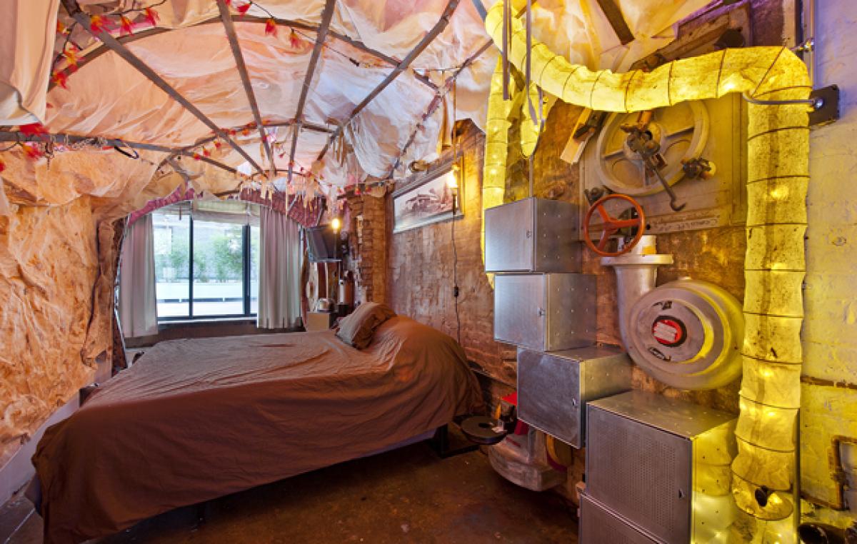 Квартира для поклонников творчества Жюля Верна