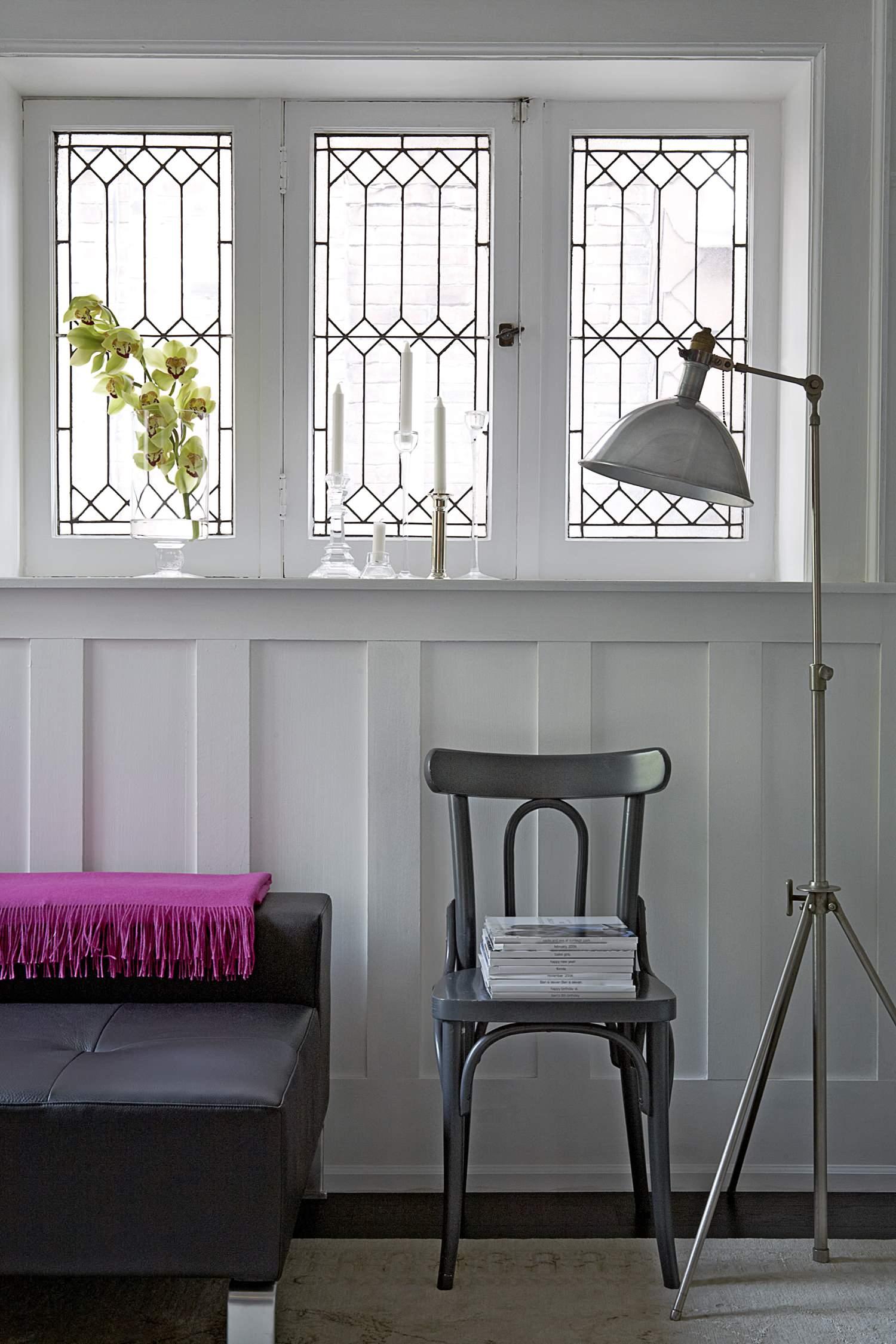 Маленькие окна из освинцованного стекла