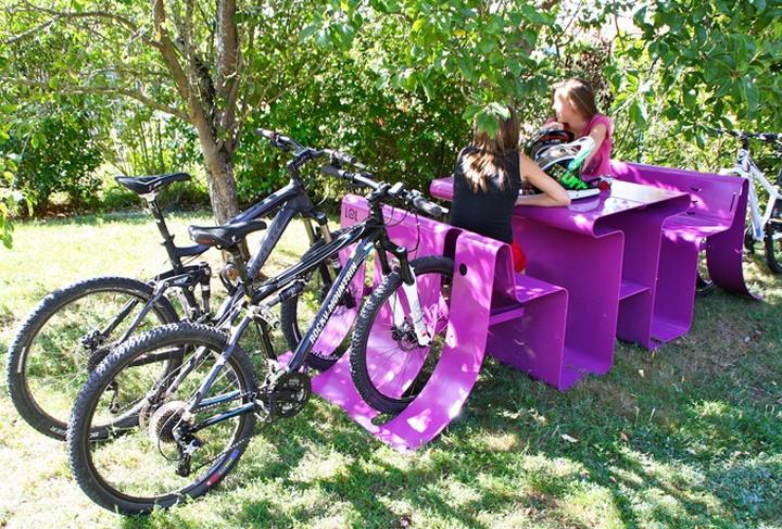 Фиолетовый комплект мебели