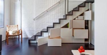 Выдвижные ящики и шкафчики под лестницей