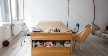 Кровать трансформируется в стол