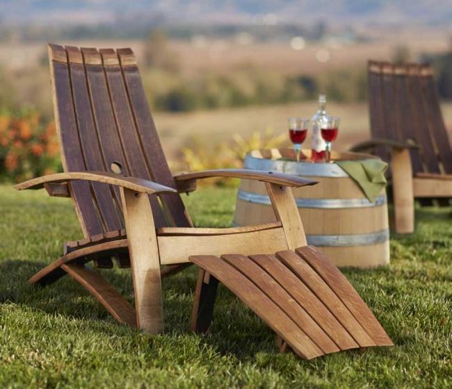 Деревянный стул-кресло