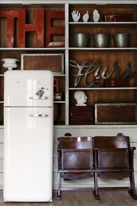 Современные обои от Wall&Deco в интерьере помещения