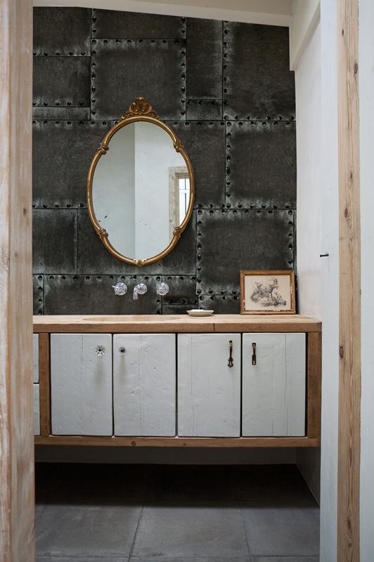 Великолепные обои от Wall&Deco в интерьере помещения