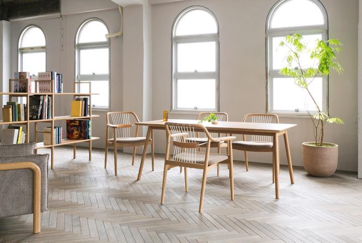 Превосходные деревянные стулья Yamanami от дизайнера Mikiya Kobayashi
