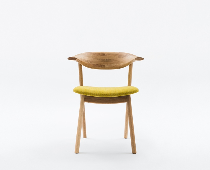 Чудный деревянный стул Yamanami от дизайнера Mikiya Kobayashi