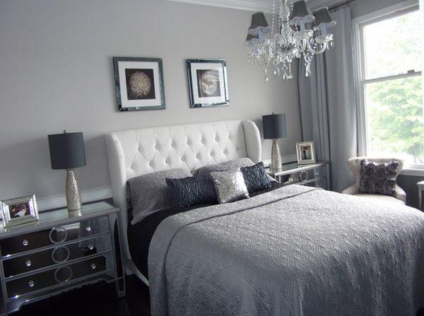 Замечательная зеркальная прикроватная тумба от DYS Home staging в интерьере спальной комнаты