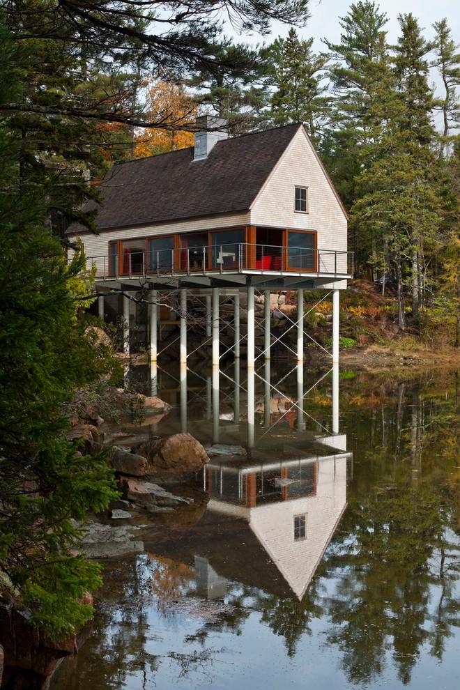 Стильный прибережный дом