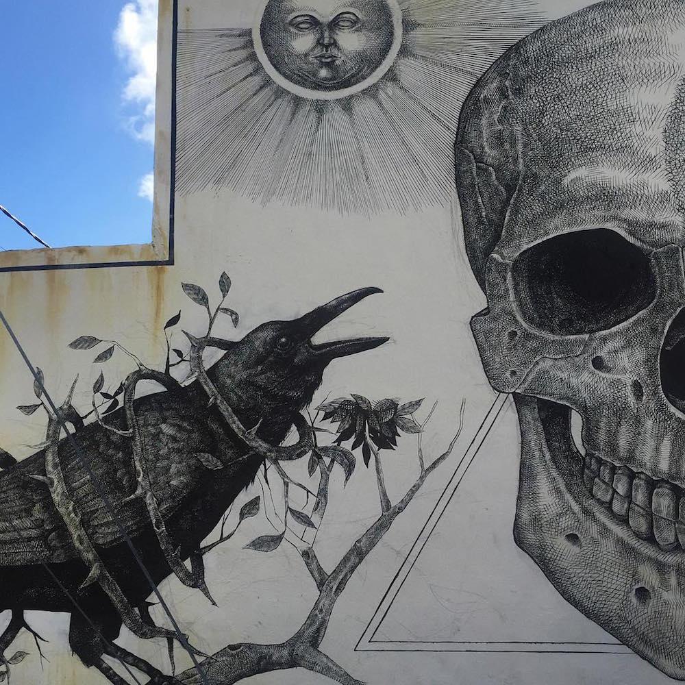 Фантастические композиции новых уличных фресок Алексиса Диаса