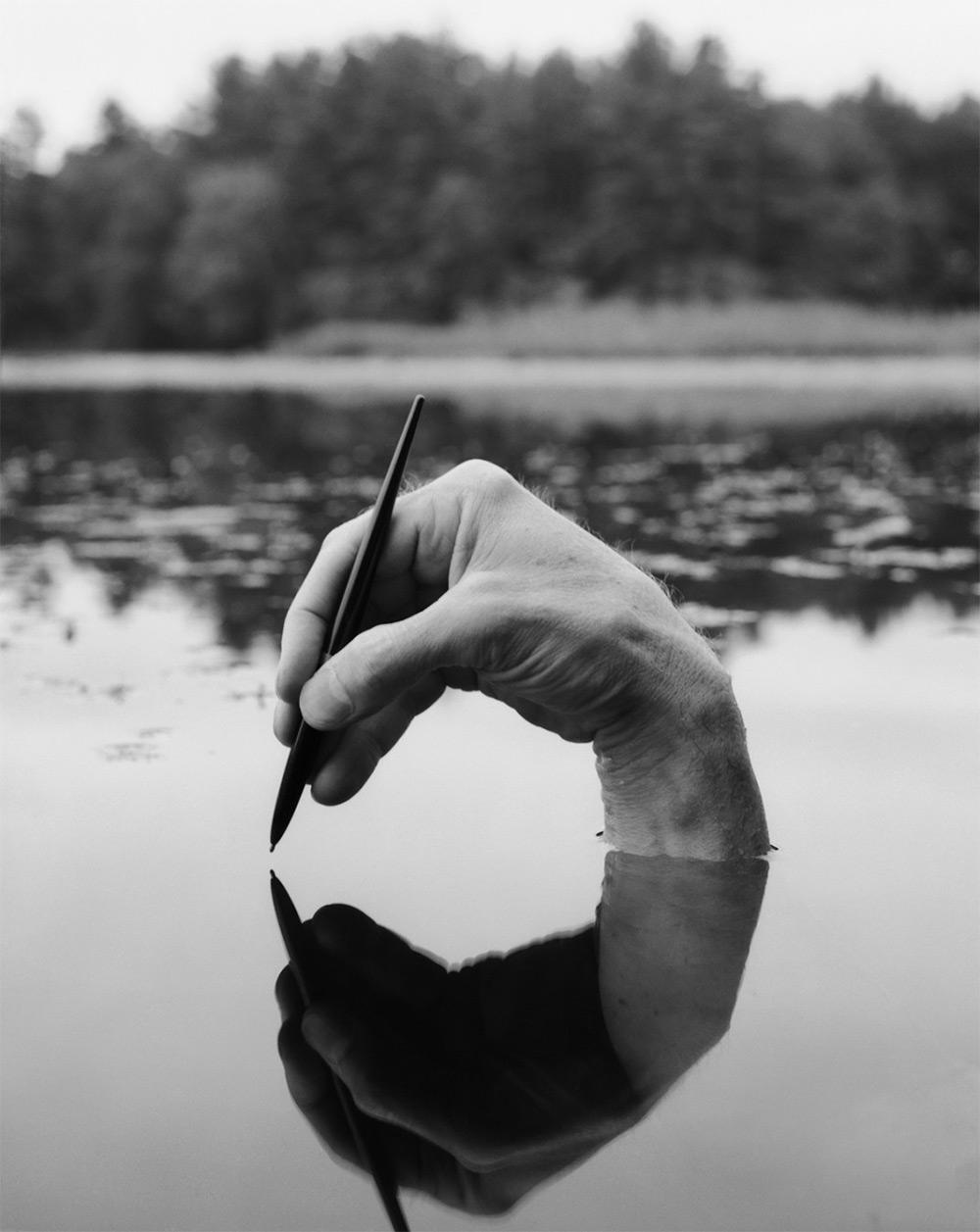 «Обнажённые автопортреты» Арно Рафаэля Минккинена