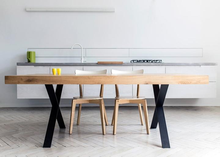 Массивный деревянный стол от студии 5mm
