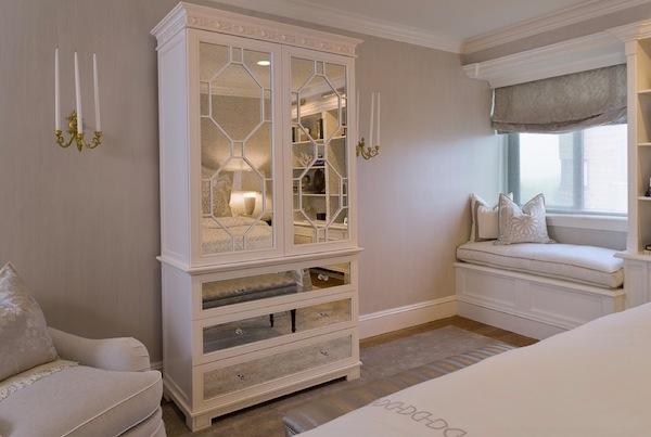 Дизайнерский шкаф в интерьере