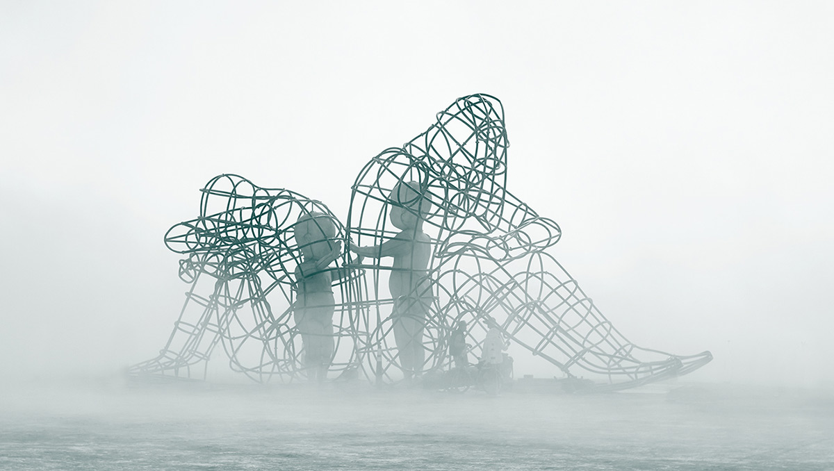 Скульптура «Любовь» от Александра Милова