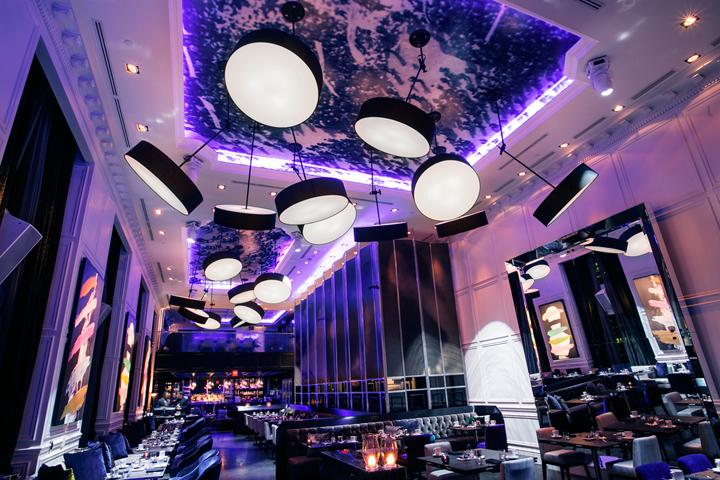 Дизайн интерьера помещения ресторана Stock