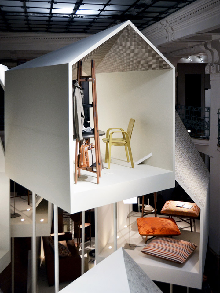 Шикарный павильон из коллекции Les Necessaires d'Hermès с предметами интерьера
