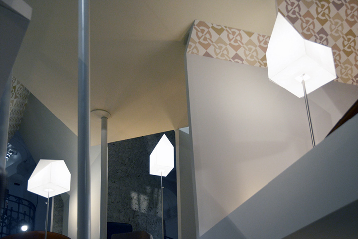 Осветительные элементы павильона из коллекции Les Necessaires d'Hermès