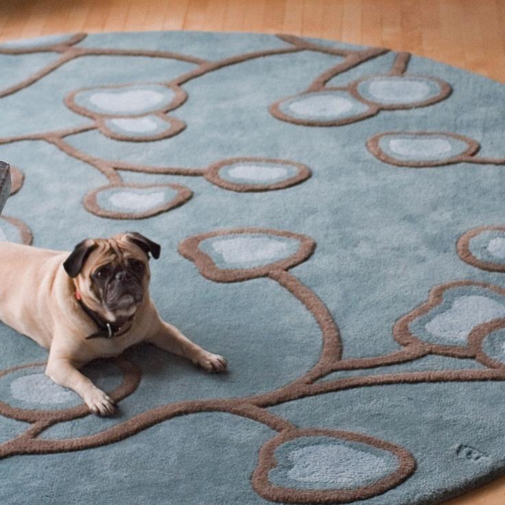 Мопс на ковре от Angela Adams