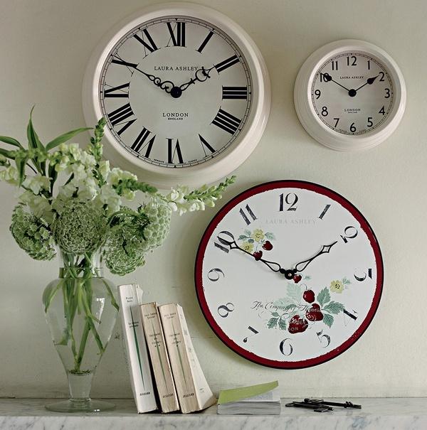 Настенные часы в английском стиле