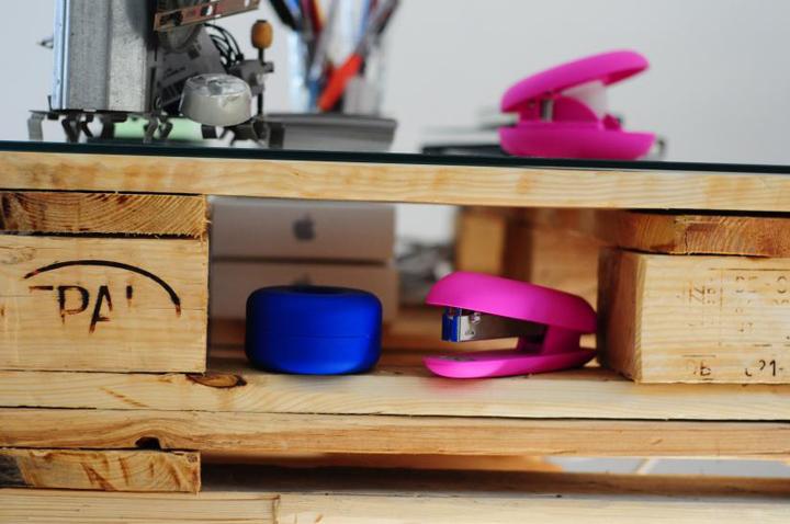 Современная мебель из деревянных поддонов от Anima Pictures