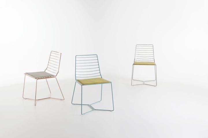 Удивительные металлические стулья Antia