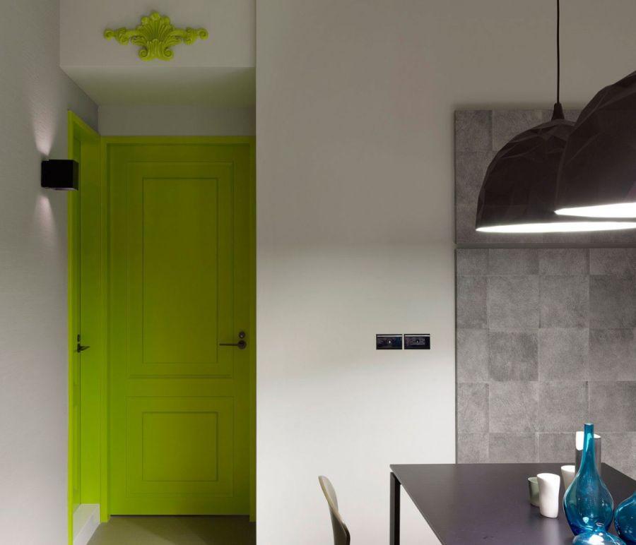 Салатовые межкомнатные двери в интерьере