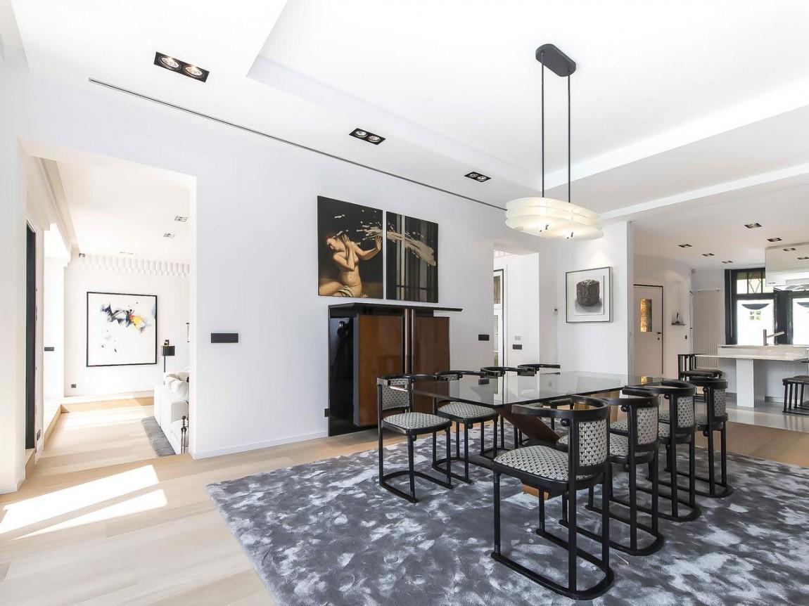 Столовая апартаментов в стиле ар-деко