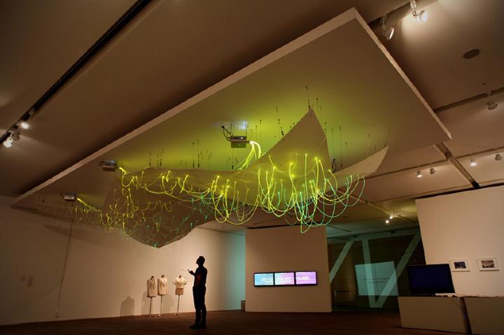 Чудесная световая инсталляция Mood Map